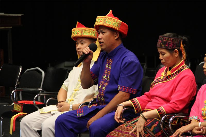 """12、吉贵做客央视《逐梦时代》 讲述""""海南槟榔谷的旅游蜕变之路"""""""